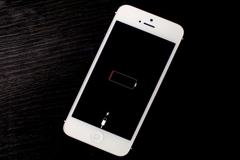 Sửa lỗi điện thoại không sạc được - Bách Khoa Mobile